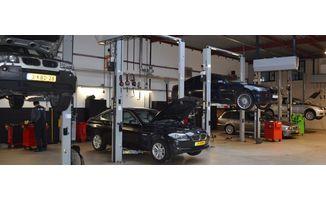 Auto Garage Almere : Bandmontage in almere garage roos bandenleader